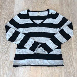 GAP Black/Gray Striped Sweater